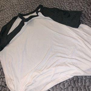 Tops - Cold shoulder top